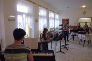 Koncert pro naše spoluobčany v domově seniorů